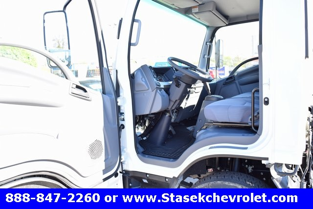 2016 Low Cab Forward Regular Cab Cab Chassis #166890 - photo 22