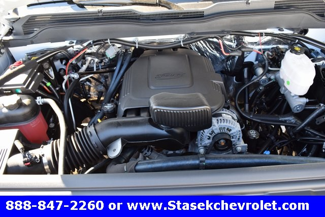 2017 Silverado 3500 Regular Cab 4x4, Cab Chassis #168584 - photo 19