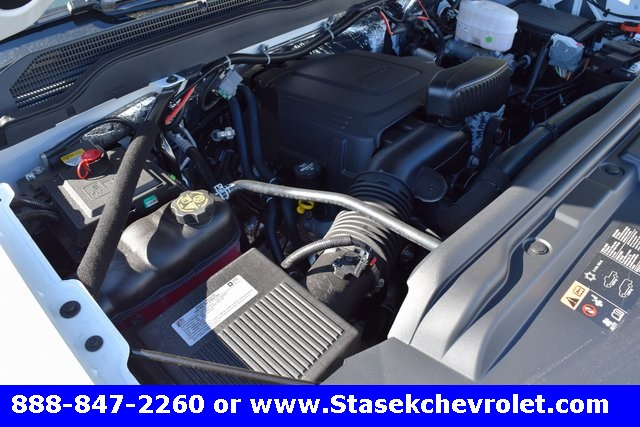 2017 Silverado 3500 Regular Cab 4x4, Cab Chassis #168584 - photo 20