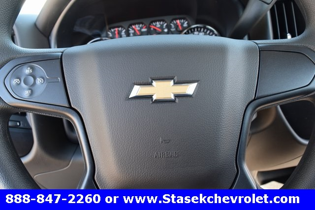 2017 Silverado 3500 Regular Cab 4x4, Cab Chassis #168584 - photo 37