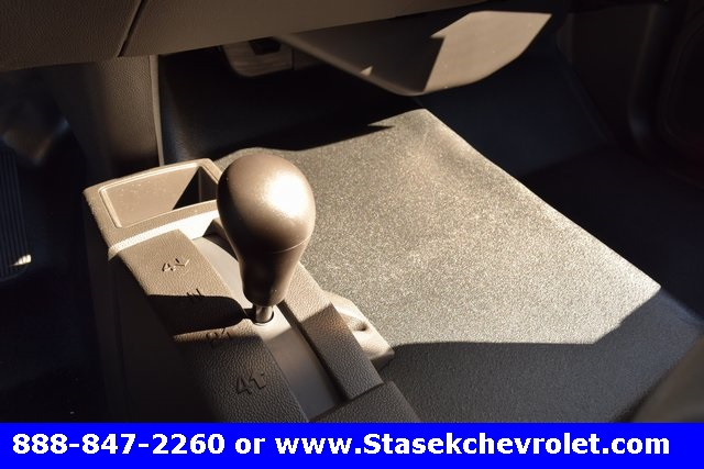 2017 Silverado 3500 Regular Cab 4x4, Cab Chassis #168584 - photo 38