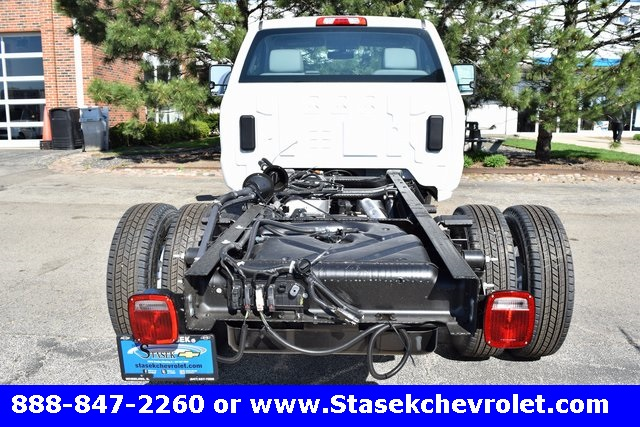 2017 Silverado 3500 Regular Cab 4x4, Cab Chassis #168623 - photo 12