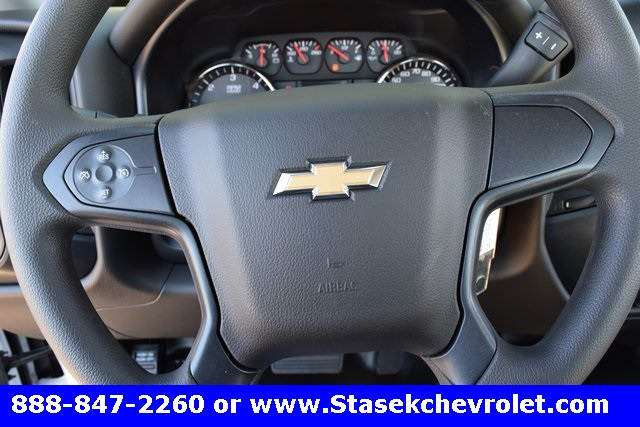 2017 Silverado 3500 Regular Cab 4x4, Cab Chassis #168623 - photo 35