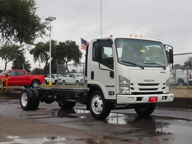 2014 Isuzu NPR-HD 4x2, Cab Chassis #LS208659 - photo 1