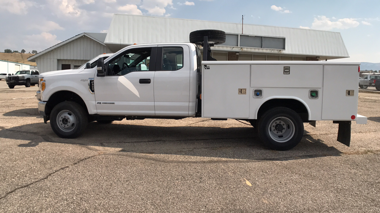 2017 F-350 Super Cab DRW 4x4, Reading Service Body #HEB80944 - photo 6