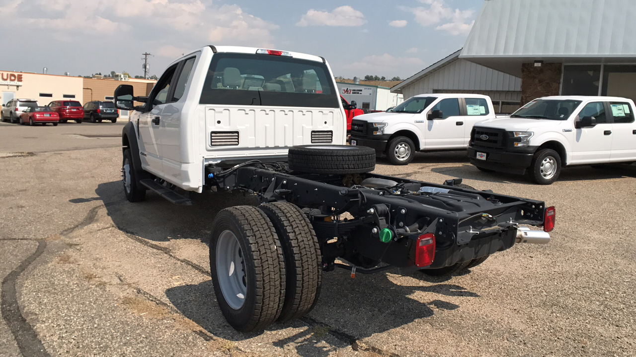 2017 F-550 Super Cab DRW 4x4, Cab Chassis #HEC04052 - photo 5