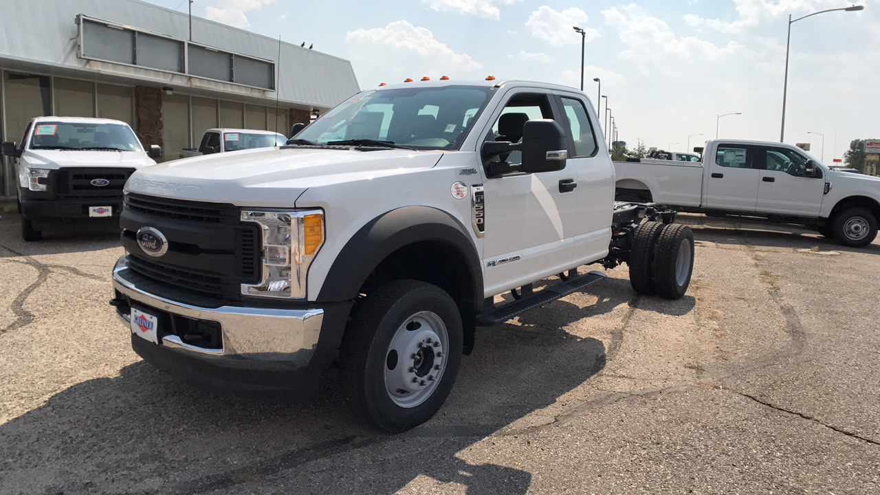 2017 F-550 Super Cab DRW 4x4, Cab Chassis #HEC04052 - photo 7