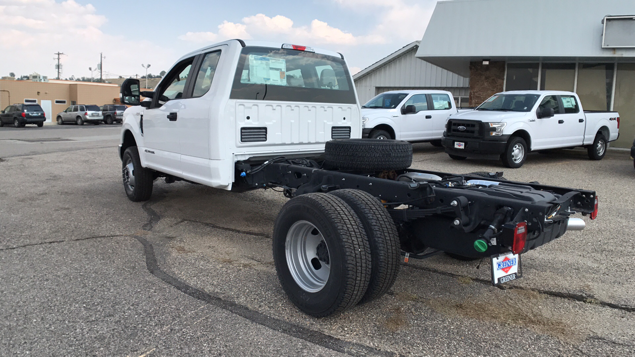 2017 F-350 Super Cab DRW 4x4, Cab Chassis #HEC11410 - photo 5