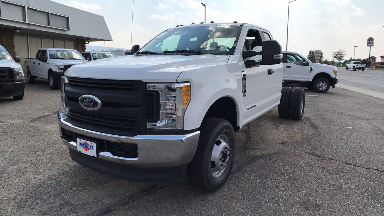 2017 F-350 Super Cab DRW 4x4, Cab Chassis #HEC11410 - photo 7