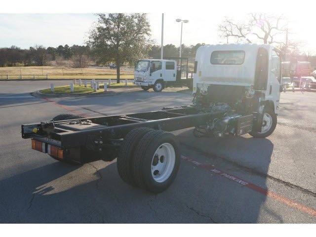 2016 NQR Regular Cab, Cab Chassis #261094 - photo 2