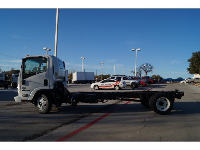 2016 NQR Regular Cab, Cab Chassis #261094 - photo 4