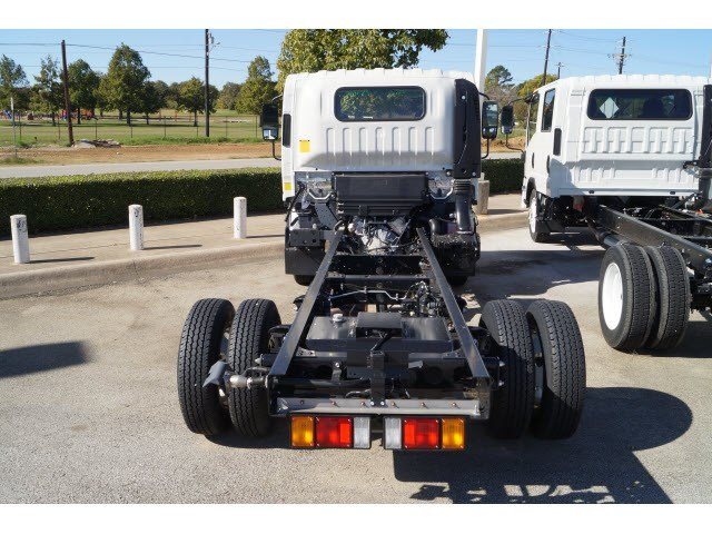 2016 NPR Regular Cab, Cab Chassis #263811 - photo 4