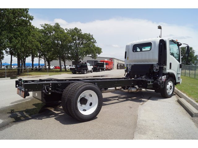 2017 NPR Regular Cab, Cab Chassis #272858 - photo 3