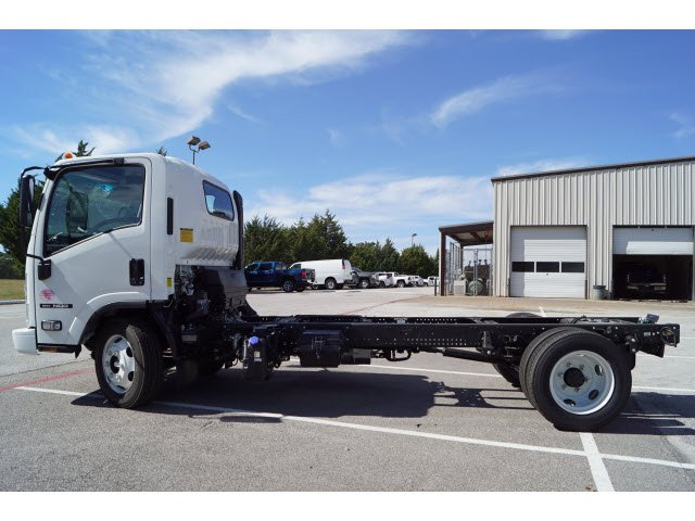 2018 NQR Regular Cab Cab Chassis #280620 - photo 3