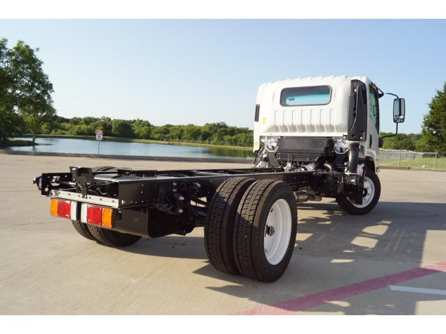 2018 NPR-HD Regular Cab,  Cab Chassis #283143 - photo 3
