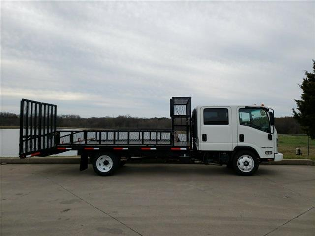 2018 NPR-HD Crew Cab,  Cab Chassis #284064 - photo 2