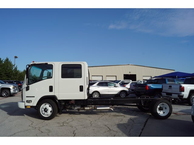 2018 NPR-HD Crew Cab,  Cab Chassis #284308 - photo 3
