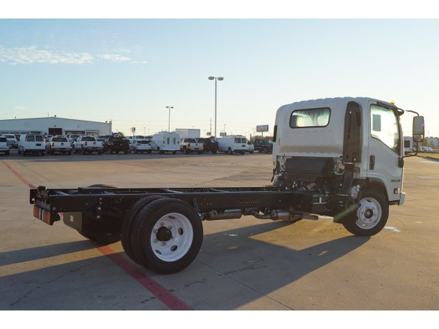 2018 NPR-HD Regular Cab,  Cab Chassis #284498 - photo 2
