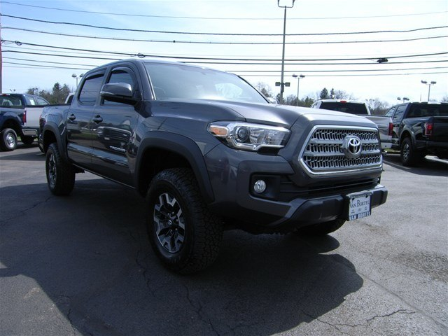2017 Tacoma Double Cab 4x4,  Pickup #55610A - photo 10