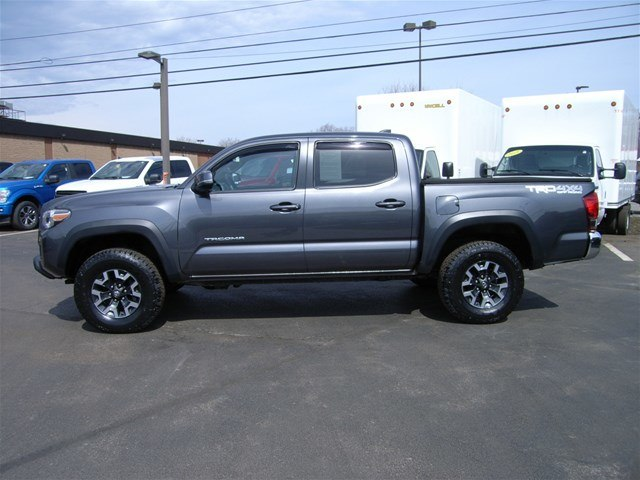 2017 Tacoma Double Cab 4x4,  Pickup #55610A - photo 6