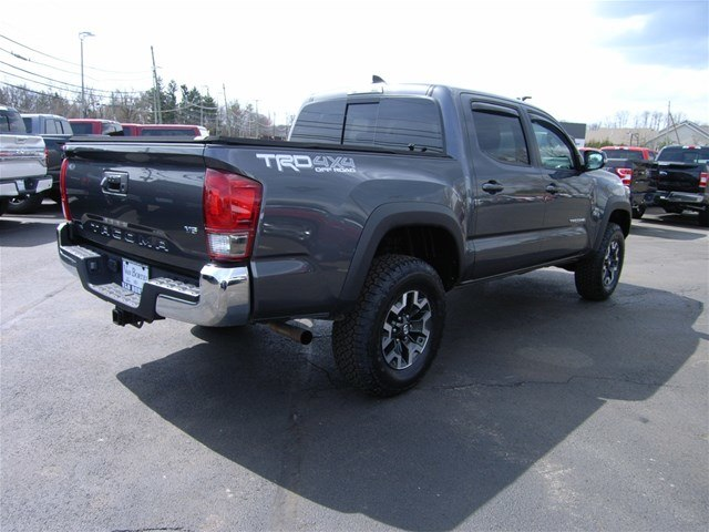 2017 Tacoma Double Cab 4x4,  Pickup #55610A - photo 8