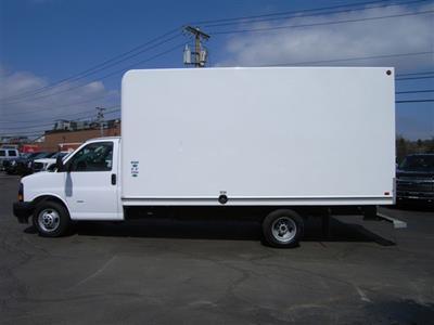 2018 Savana 3500 4x2,  Cutaway Van #X9053 - photo 6