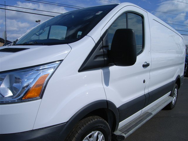 2018 Transit 250 Low Roof 4x2,  Empty Cargo Van #X9103 - photo 13