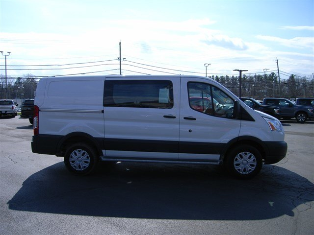 2018 Transit 250 Low Roof 4x2,  Empty Cargo Van #X9103 - photo 9