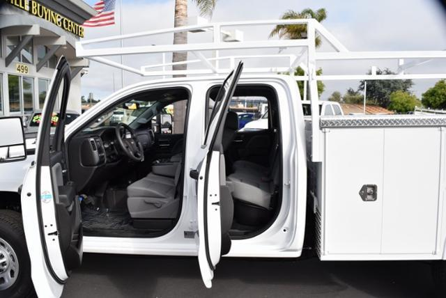 2019 Silverado 2500 Double Cab 4x4,  Cab Chassis #T9214 - photo 10