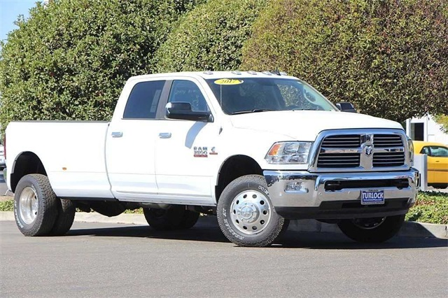 2017 Ram 3500 Crew Cab DRW 4x4, Pickup #N5532 - photo 3