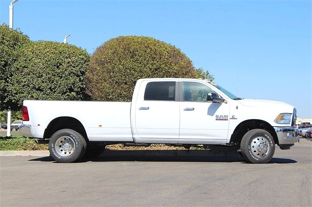 2017 Ram 3500 Crew Cab DRW 4x4, Pickup #N5532 - photo 6