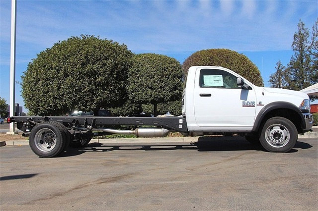 2017 Ram 5500 Regular Cab DRW 4x4 Cab Chassis #N5815 - photo 6