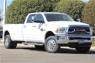 2017 Ram 3500 Crew Cab DRW 4x4 Pickup #N5844 - photo 3