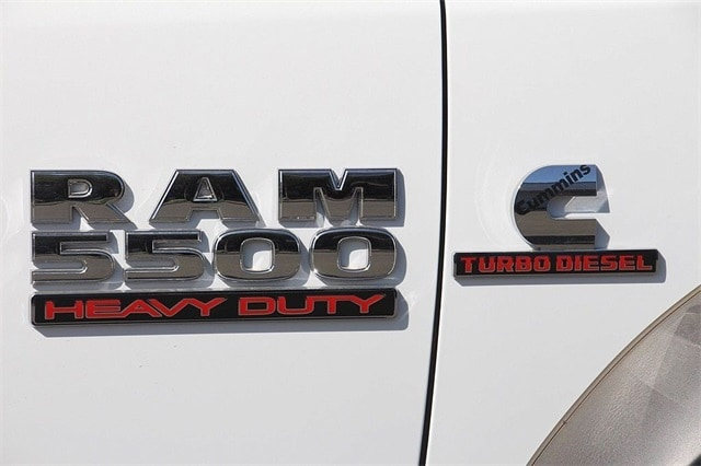 2017 Ram 5500 Regular Cab DRW 4x4 Cab Chassis #N5894 - photo 7