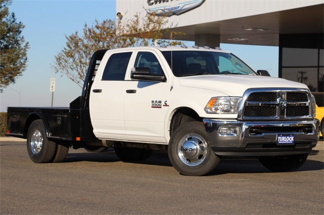 2018 Ram 3500 Crew Cab DRW 4x4 Hauler Body #N5934 - photo 3
