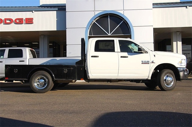 2018 Ram 3500 Crew Cab DRW 4x4 Hauler Body #N5934 - photo 6