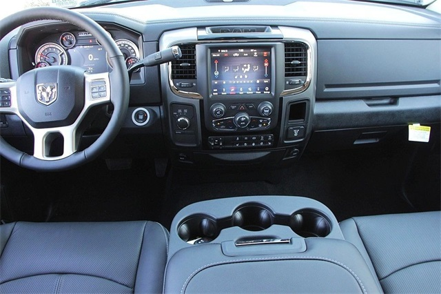 2018 Ram 2500 Crew Cab 4x4, Pickup #N6038 - photo 13