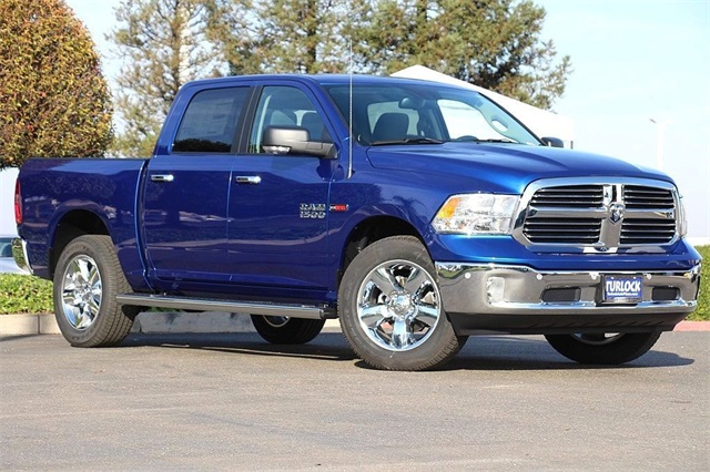 2017 Ram 1500 Crew Cab 4x4, Pickup #N6073 - photo 3