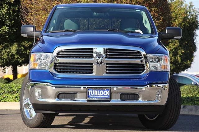 2017 Ram 1500 Crew Cab 4x4, Pickup #N6073 - photo 5