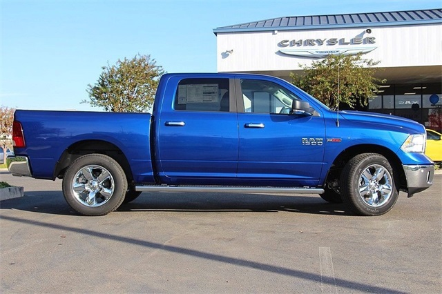 2017 Ram 1500 Crew Cab 4x4, Pickup #N6073 - photo 6