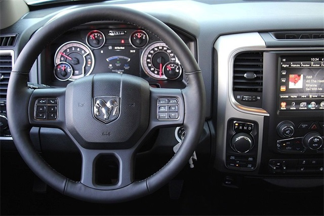 2017 Ram 1500 Crew Cab 4x4, Pickup #N6073 - photo 12