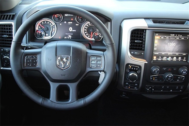 2017 Ram 1500 Crew Cab 4x4, Pickup #N6074 - photo 12
