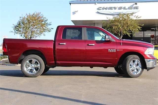 2017 Ram 1500 Crew Cab 4x4, Pickup #N6074 - photo 6
