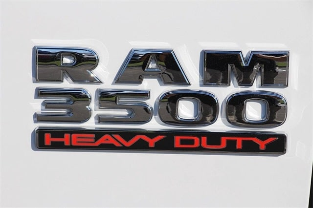 2018 Ram 3500 Crew Cab DRW 4x4 Cab Chassis #N6076 - photo 7