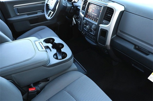 2018 Ram 2500 Crew Cab 4x4, Pickup #N6088 - photo 13