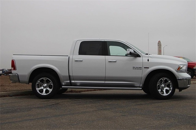 2018 Ram 1500 Crew Cab 4x4 Pickup #N6165 - photo 6