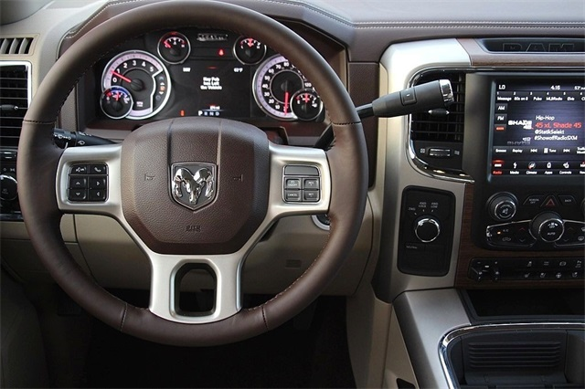 2018 Ram 3500 Crew Cab 4x4 Pickup #N6166 - photo 12