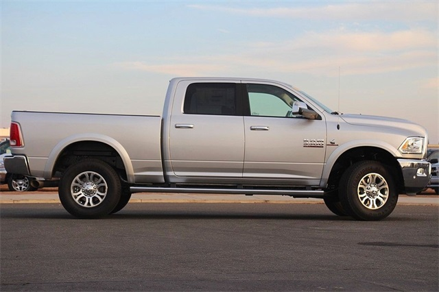 2018 Ram 3500 Crew Cab 4x4 Pickup #N6166 - photo 6