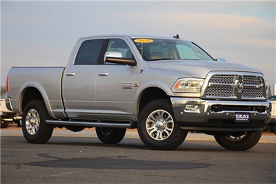 2018 Ram 3500 Crew Cab 4x4 Pickup #N6166 - photo 3