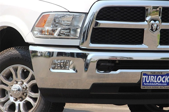 2018 Ram 3500 Crew Cab 4x4,  Cab Chassis #N6177 - photo 4